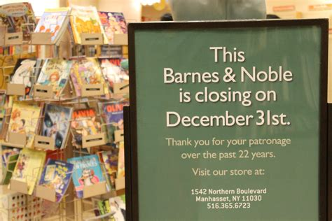 Will Barnes And Noble Go Out Of Business empty shelves patrons lament demise of bay terrace barnes noble qns