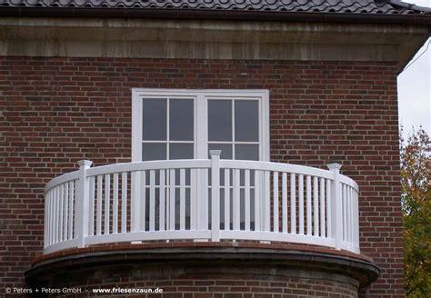 treppengeländer rund gel 228 nder f 252 r balkon garten und terrasse hartholz weiss