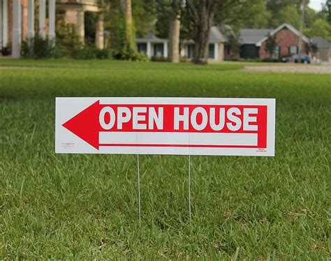 finding the right real estate to sell or buy finding a real estate ez storage boston ma