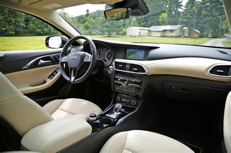 infiniti qx30 interior how the 2017 infiniti qx30 makes practicality exciting