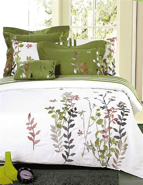 botanical bedding botanical bedding 28 images mainstays botanical leaf bed in a bag coordinated