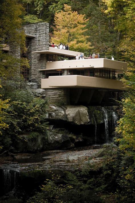 large photographs  fallingwater kaufmann house