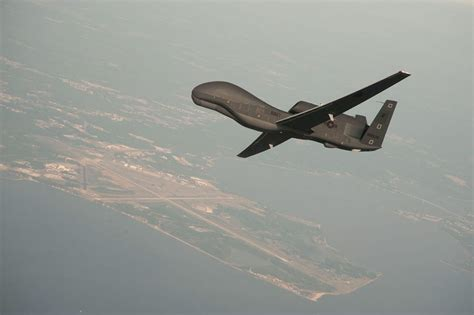 Drone Global Hawk 12112013 global hawk8201 jpg