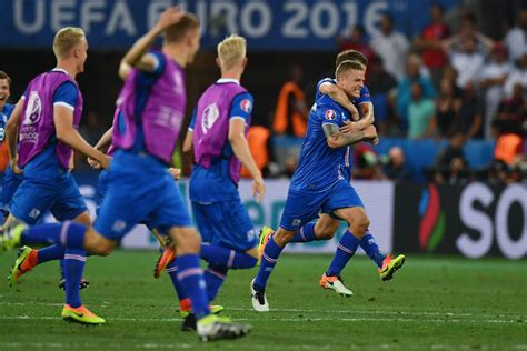 iceland world cup iceland becomes smallest country to make the world cup