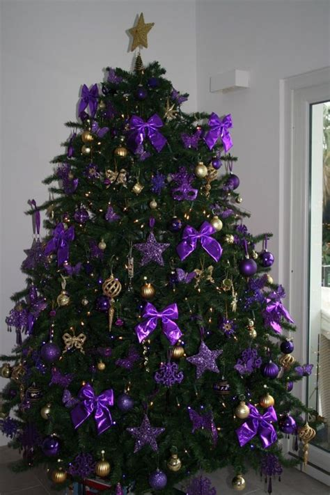 21 purple christmas decor ideas primp my pad