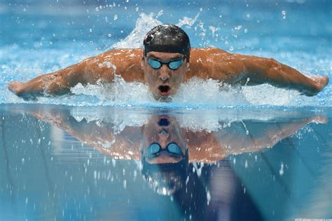 best swimmer michael phelps swimming wallpaper