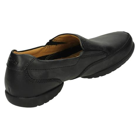 clarks mens wide fitting formal shoes recline free