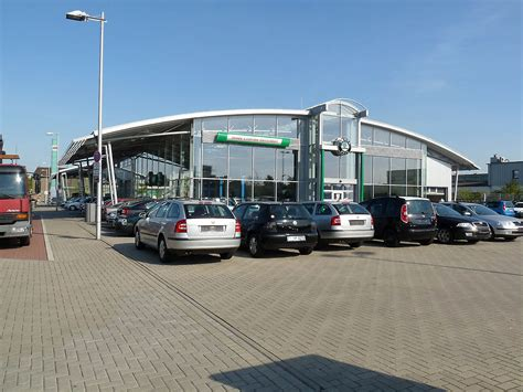 Interior Car Roof Car Showroom In D 252 Sseldorf Germany