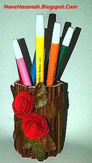 membuat tempat pensil  bekas kaleng sarden