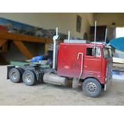 Cars &amp Trucks  MODEL TRUCK KIT 1/32 REVELL PETERBILT 352 Was Sold For