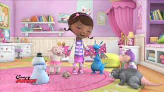 quot awesome possum quot song doc mcstuffins disney junior uk