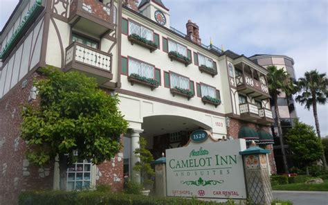 hotel resort disney resort neighbor els disneyland good neighbor hotel review anaheim camelot inn