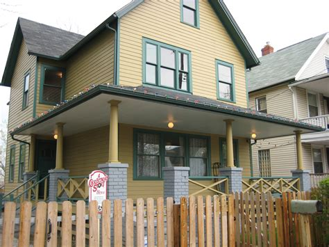 the christmas story house file a christmas story house jpg wikimedia commons