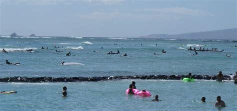 canoes surf break canoes surf spot canoes surfing guide waikiki oahu
