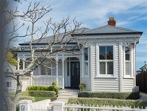 a typical villa in central auckland new zealand just