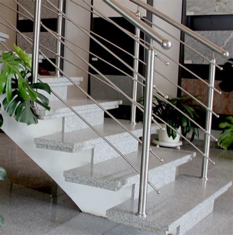 edelstahl geländerstäbe aussen design treppe