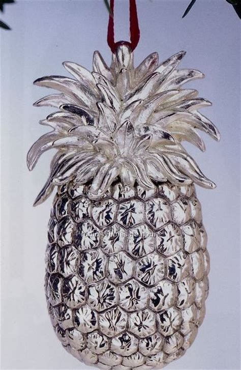 williamsburg annual sterling christmas ornament pineapple