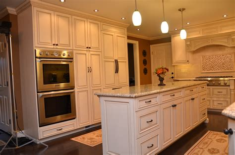 Custom Kitchen Cabinets by Custom Glazed Kitchen Cabinets Roselawnlutheran