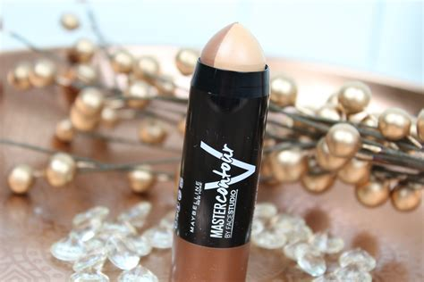 Maybelline V Shape Duo Stick maybelline master contour v shape duo stick review donkere huid