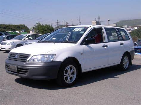 2004 mitsubishi wagon 2004 mitsubishi lancer wagon photos 1 5 gasoline