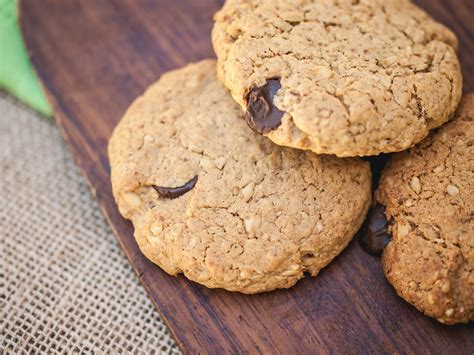 azie kitchen chocolate chips cookies oatmeal chocolate chip cookies tiffany s kitchen