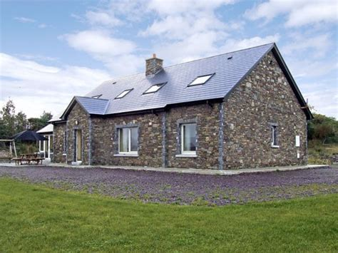 cottages in ireland with tub river house sneem county kerry sneem self catering cottage
