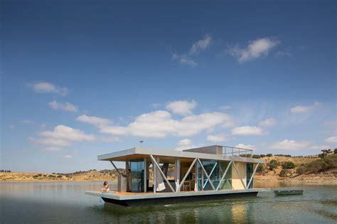 friday floatwing 171 floatwing 187 une maison flottante modulaire archionline