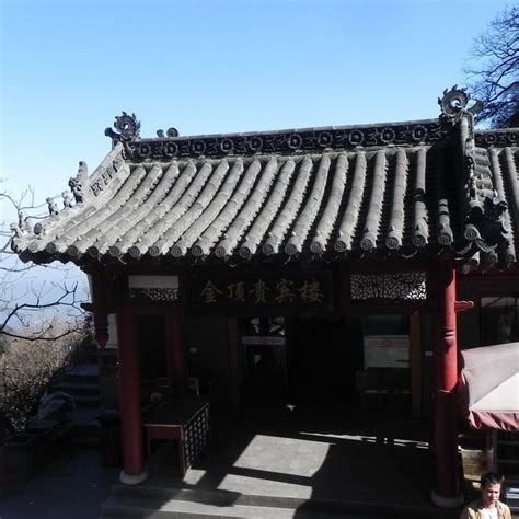 ancient clay roof tiled buildings best 25 clay roof tiles ideas on