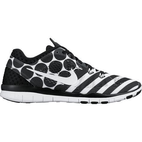 womens nike free 5 0 print running shoes bike24 nike free 5 0 tr fit 5 print s running shoe