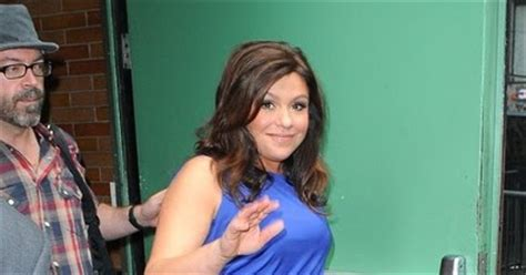 picture of rachael ray with major highlights in her hair picture of rachael ray with major highlights in her hair
