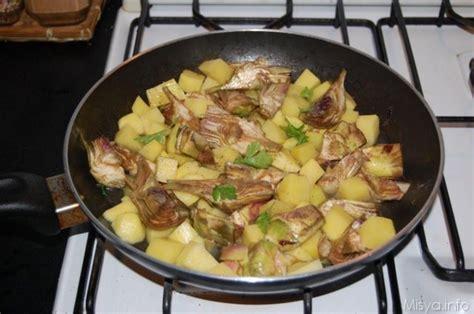 come cucinare i carciofi in padella 187 carciofi e patate ricetta carciofi e patate di misya