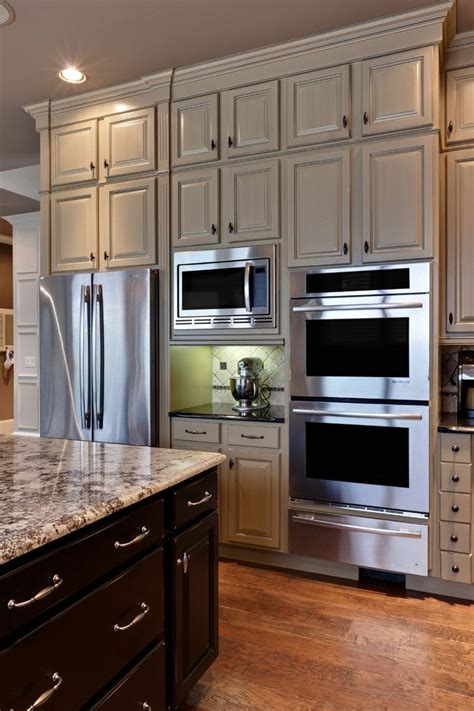 traditional kitchen microwave placement in kitchen design