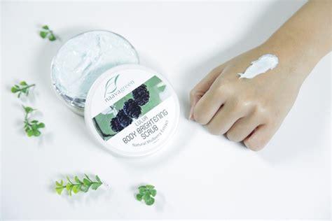 Scrub Naavagreen skincare dokter yang aman di kulit daily