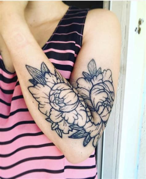 what is tattoo ink made of this beautiful floral was made with inkbox freehand