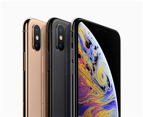 iphone xs max could be selling three to four times better than iphone xs analyst believes