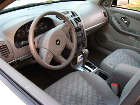 2005 Chevy Malibu Interior by 2005 Chevrolet Malibu Pictures Cargurus