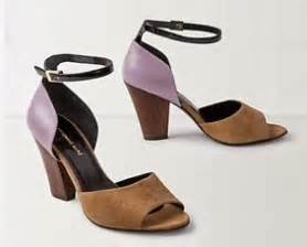 Sandal Megumi Thistle school run style falling into lilac