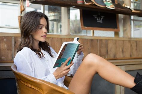 Bookstyle Read Like A by 5 Easy Ways To Read More Books 60 Books Per Year