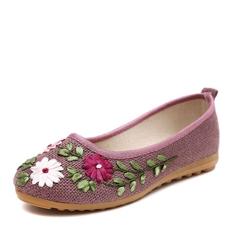 comfortable ballerina shoes retro embroidery women flats flower slip on cotton fabric