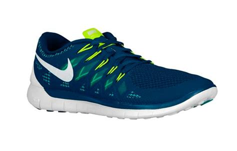 lightest nike running shoes nike ultra light running shoes mens health network