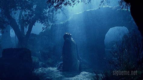 imagenes del señor orando en el huerto jesus en el huerto de getsemani newhairstylesformen2014 com