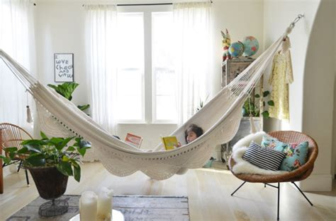 18 indoor hammocks to take a relaxing snooze in any time how to hang hammocks in apartments furnish burnish