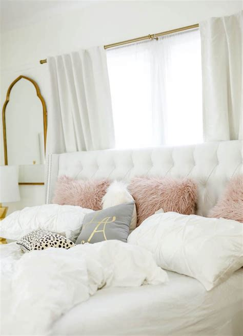 all white bedrooms best 25 white rooms ideas on white room decor