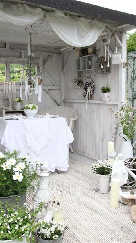 Shabby Chic Garden Decor Best 20 Shabby Chic Patio Ideas On Pinterest Shabby Chic Porch Shabby Chic Garden And Garden
