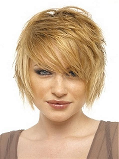 medium hairstyles for moms short mom haircuts