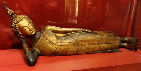 File Reclining Buddha Thailand 17th Century Ad Gilt