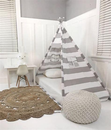 Bett Auf Boden by Best 25 Toddler Floor Bed Ideas On