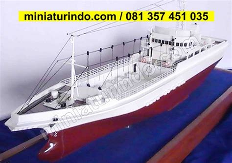 Mainan Perahu Sailing Boat de 23 b 228 sta scale model model ship maker miniaturindo