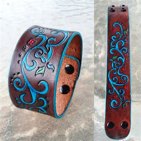 wohneinrichtung ideen 3123 painted leather cuff lightly tooled design no