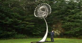 Wind Art Kinetic Wind Sculptures By Anthony Howe Diy Craft Projects